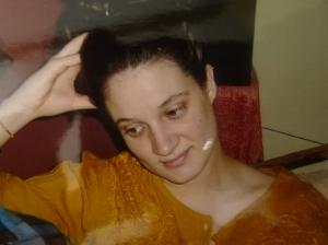 30 mars 2006: Exténuée, bouleversée, le regard vers mon nouveau bébé.