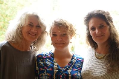 www.lalobaphoto.com. Isabelle Challut, Marie-Ève B. Lévesque et Amélie Blanchette.