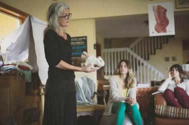 Isabelle qui transmet l'essence de la physiologie de l'accouchement. Automne Crédit photo: Dans l'objectif de Virginie